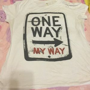 White t shirt size 2x barely worn Make an offer!!