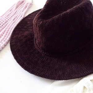 | new | brown hat