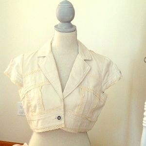 Jackets & Blazers - Short sleeved, bolero jacket