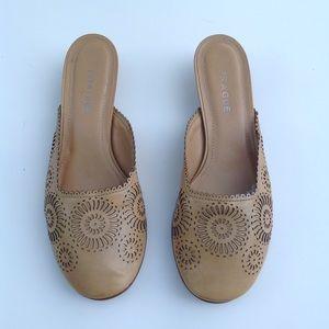PRAGUE European mules slides sandals brown shoe 36