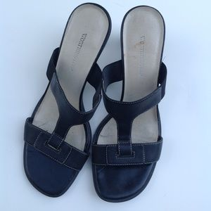 Black leather slides sandals Worthington shoes 6.5