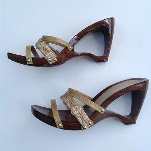 ITALIAN SHOEMAKER open heel cutout textile sandals