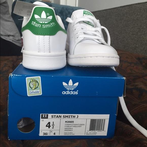 adidas Shoes Småbarn Stan Smith Sneakers Størrelse 5c         Poshmark    Adidas sko   title=         Stan Smith          Poshmark