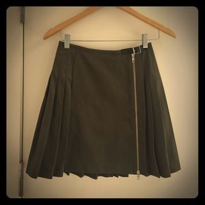 McQ Alexander McQueen Dresses & Skirts - NWT McQ by McQueen pleated skirt