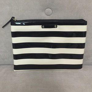 Kate Spade black & cream pouch