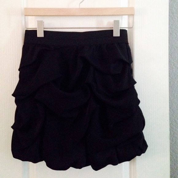 Dresses & Skirts - Black Bubble Skirt