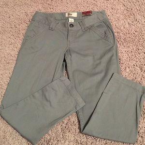 SO Pants - SO Skinny Gray Capris