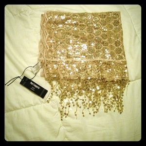 Accessories - Gold sequin shall