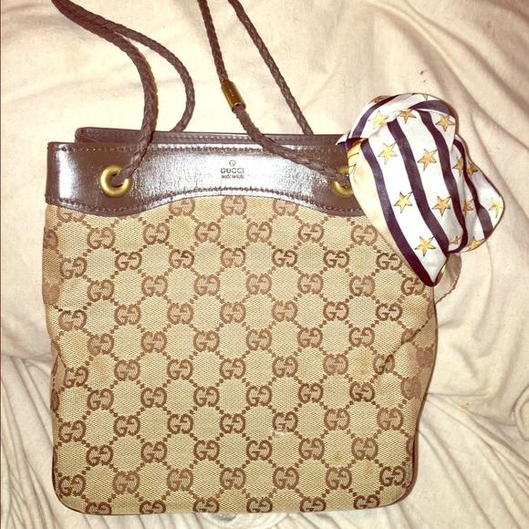 430ad8e2f4d Gucci Handbags - Authentic Gucci vintage signature GG mini tote