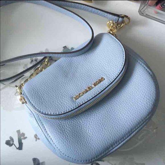 ab43f1de3366 Michael Kors Bags | Small Bedford Flap Crossbody | Poshmark