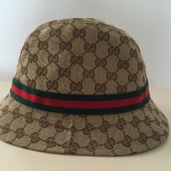 Gucci Accessories - Authentic Gucci canvas bucket hat! ea98296c883