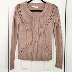 Old Navy Sweaters - 🚫Old Navy Light Mocha Knit Sweater