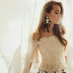 {h&m conscious} Lace off-the-shoulder corset