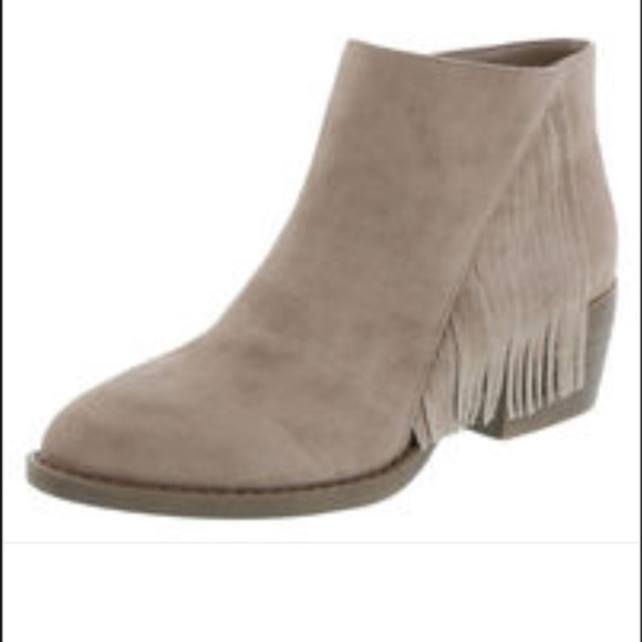 49% off American Eagle by Payless Boots - Tan suede fringe ankle ...