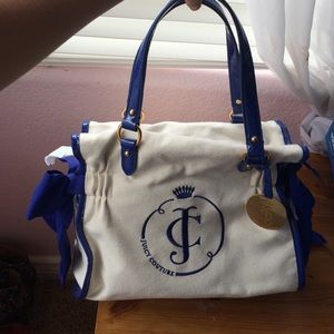 Juicy Couture NWT purse