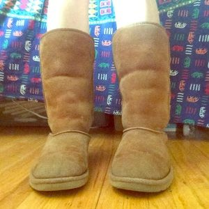 Tall Chestnut Ugg Boots size 6