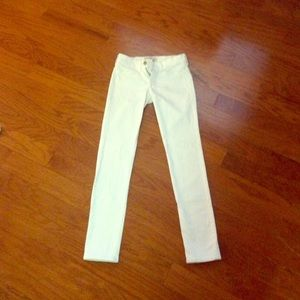 Abercrombie white skinny jeans