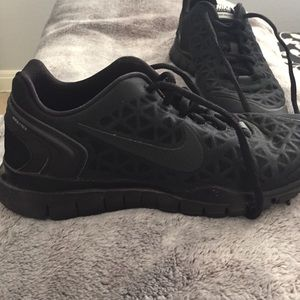Nike Shoes - NON Stick NON Slip Bottom Nike Free Fit