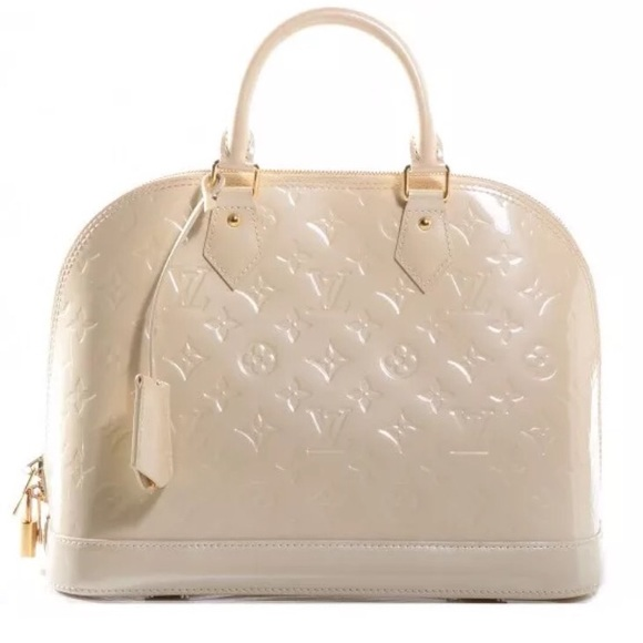 91b7523b0879 Authentic Off White Alma Louis Vuitton PM Vernis