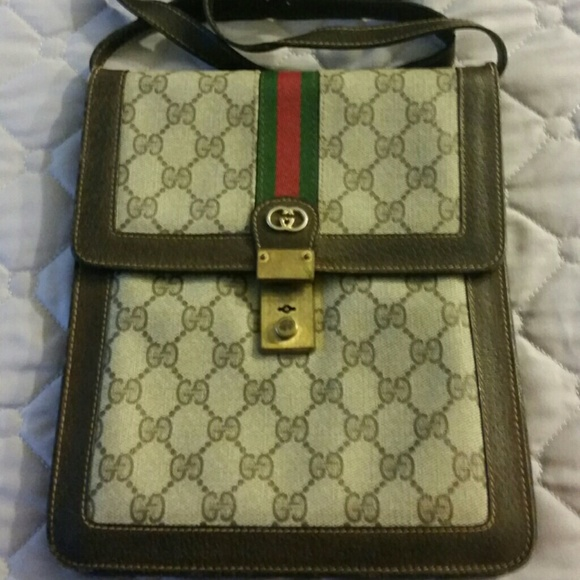 60 off gucci handbags vintage gucci messenger bag from