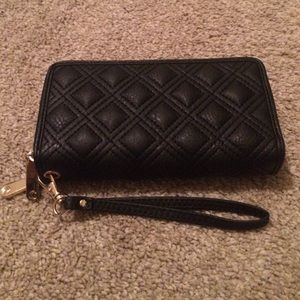 Black quilted double zipper wallet