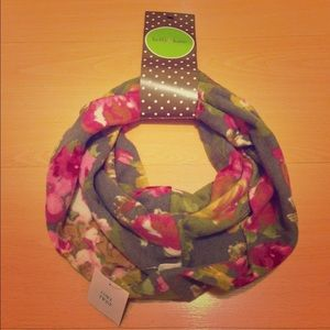 BNWT Floral Infinity Scarf