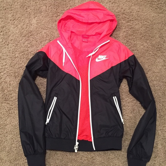 67% off Nike Outerwear - Nike windbreaker/rain jacket from Jules's ...