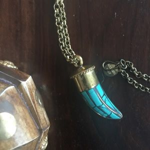 Soixante Neuf Large Vintage Inspired Horn Necklace