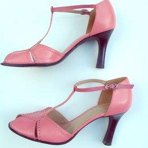 FRANCO SARTO Peachy pink t strap MaryJane sandal 6