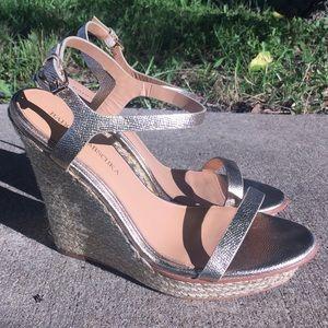c32ef295127 Badgley Mischka Shoes - Badgely Mischka Glenna espadrilles platino wedges