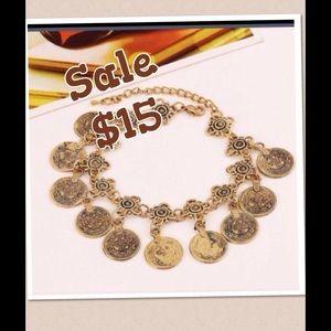 Jewelry - 🎀 SALE - Pretty Gold Toned  Anklet/Bracelet