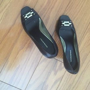 Banana Republic Black Leather Shoes