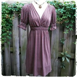 Sophie Max Dresses & Skirts - 5⭐Sophie Max Brown Printed Matte V-Neck Dress