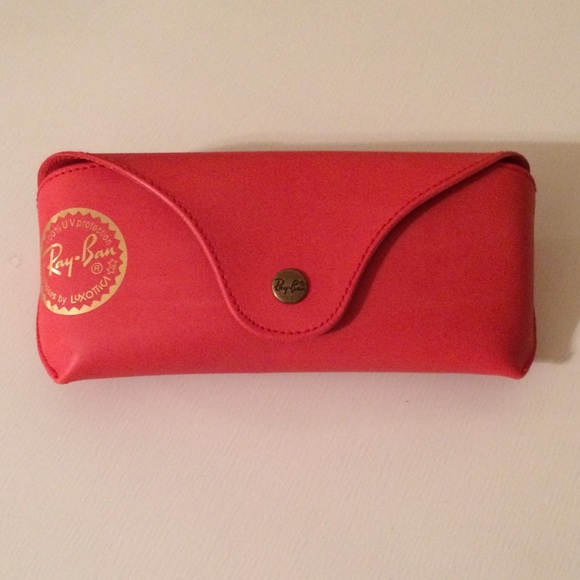 57f9949057 ... 2017.4 red ray ban sunglasses case ...