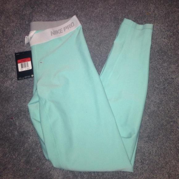 Tiffany Blue Nike Pro eeeb4787a7ca