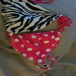 Reversible swim suit
