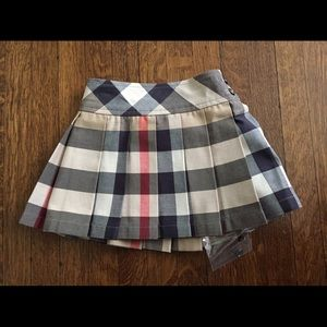 Size 12 months Authentic Burberry pleated skirt