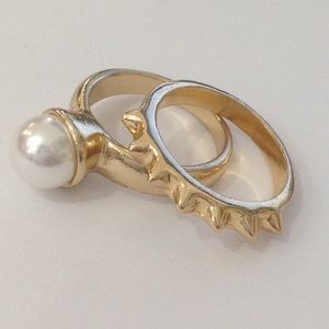 NWOT Gold-toned Elite Rings (set of 2)