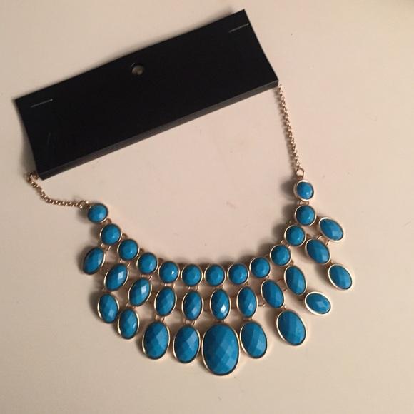 how to wear h& m shop necklaces
