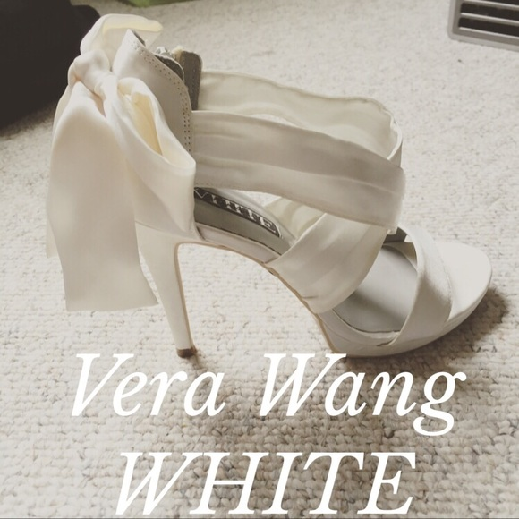 1b91954f5a0 Vera Wang WHITE ivory high heels. Never worn!!