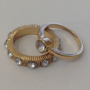 NWOT Gold-Toned Monarch Rings (set of 2)