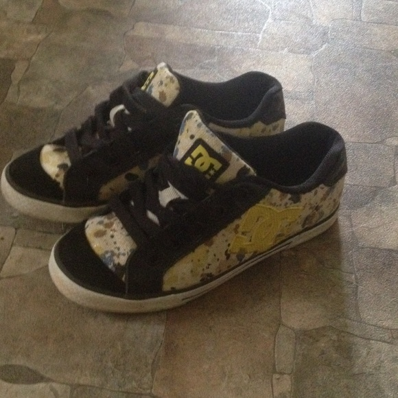dc shoes skate paint splatter 65 poshmark rh poshmark com DC Shoes Ken Block Logo Colorful Ink Splatter Paint