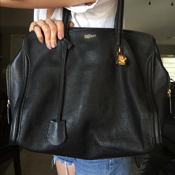 78f548c699ce Alexander McQueen Handbags - Alexander McQueen Padlock Skull Bag