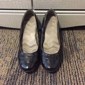 Do Avon Shoes Run Big Or Small