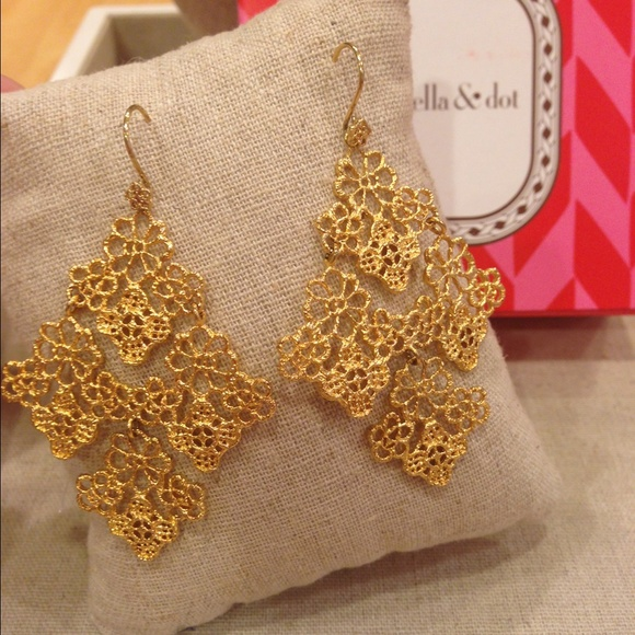31 stella dot jewelry stella dot chantilly lace
