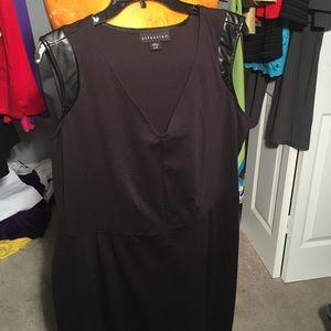 Black Lil Dress w Faux Cap Sleeve