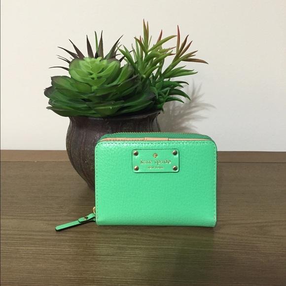 kate spade Handbags - Kate Spade Wellesley Wallet