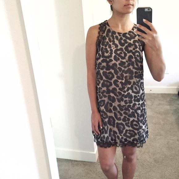 c8612b5f92 Tobi Animal Print Lace Trimmed Dress