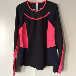lululemon athletica Tops - NWT Lululemon Trail Bound LS Shirt - Size 10