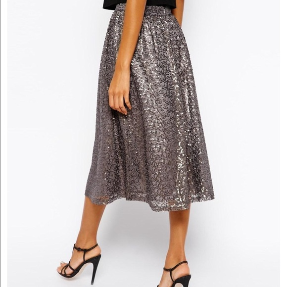 75 dresses skirts gorgeous silver sequin